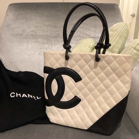 b8a4aa20c9f4 CHANEL Handbags - CHANEL CAMBON LIGNE SMALL BUCKET TOTE